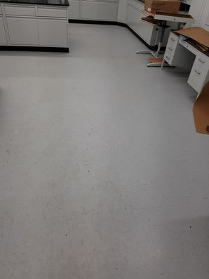 Before & After Commercial Floor Cleaning in St Charles, IL (1)