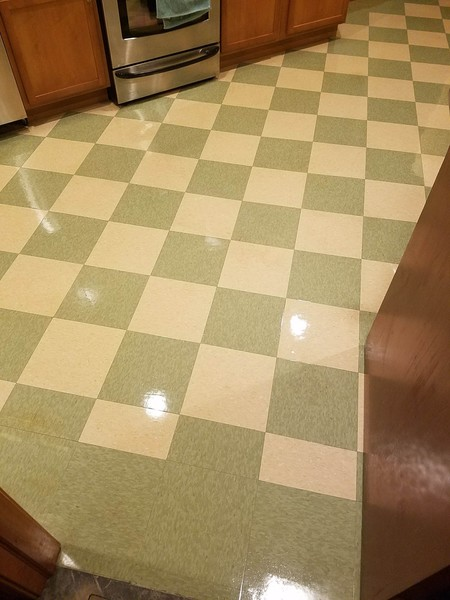 Before & After Floor Cleaning in South Elgin, TX (3)