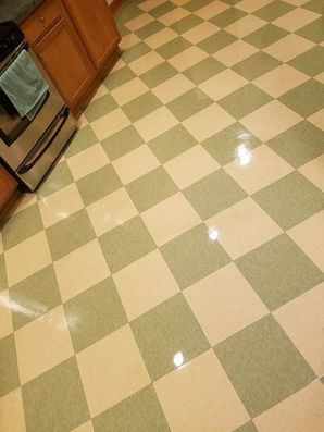 Before & After Floor Cleaning in South Elgin, TX (2)